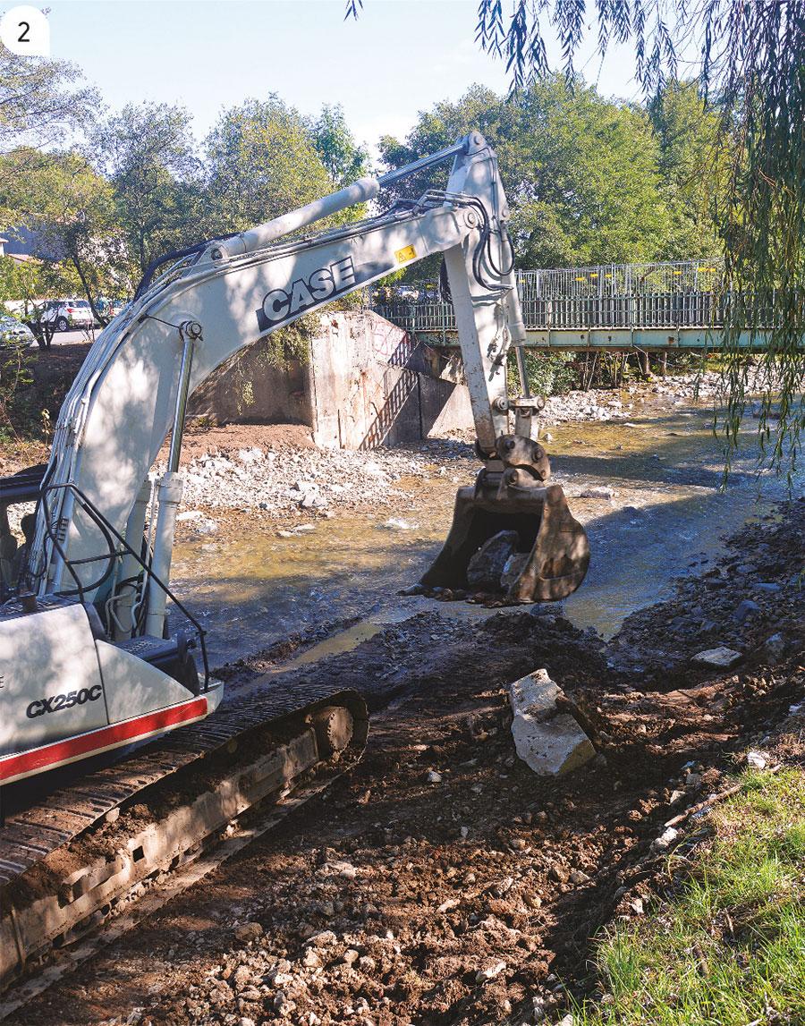 2 / Redonner à la rivière son lit naturel après la dépose des seuils.